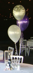 3 balloon cluster