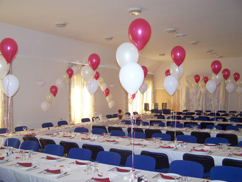 3-balloon Clusters and Arch in white, ivory and magenta