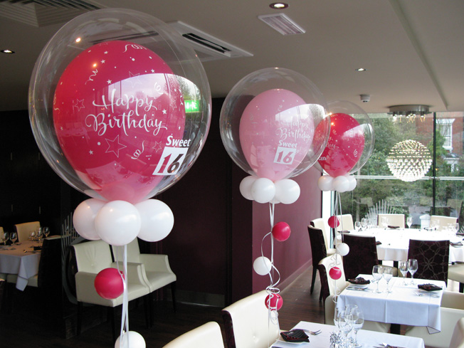 Huff Puff Balloons Table Centrepieces