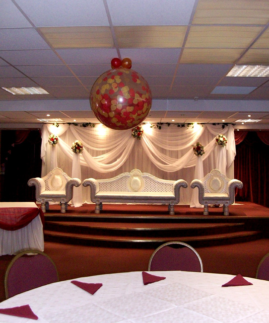 Edmonds Court Foyer Small Heath : Huff puff balloons rex centre small heath