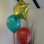 Mixed Xmas-themed 3-balloon cluster by Huff, Puff and Away!