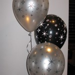 New Year 3-balloon Cluster in silver and black
